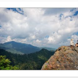 SD0129: Hikers on Charlie's Bunion, Great Smoky Mountains Nation